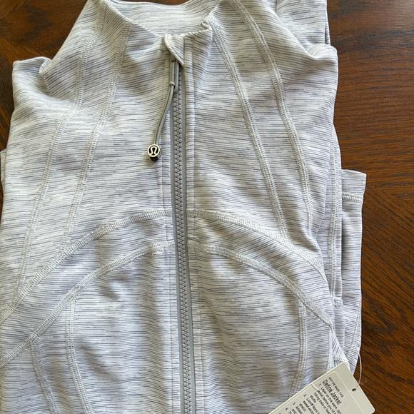 Lulu Lemon Define jacket (BRAND NEW)